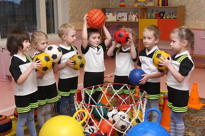 спортивный праздник в средней группе, спортивный праздник в детском саду